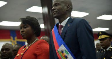 El primer ministro interino de Haití, Claude Joseph, anuncia su renuncia