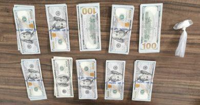 Asegura SSP a uno en posesión dedroga y 5 mil dólares, al parecer de procedencia ilícita
